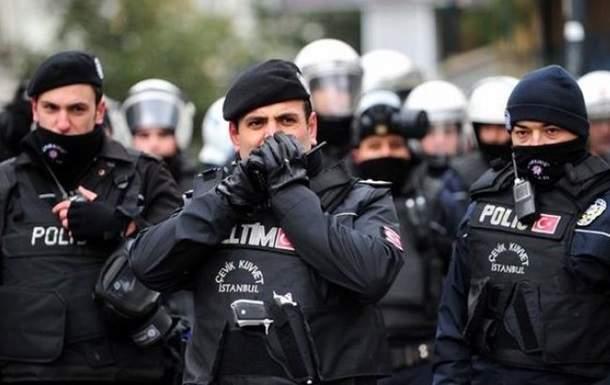 В Турции в результате перестрелки было ранено пять человек