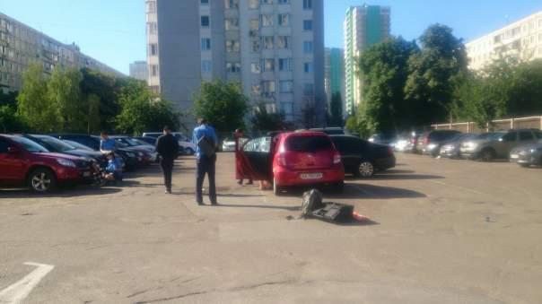 В Киеве произошёл взрыв на автостоянке