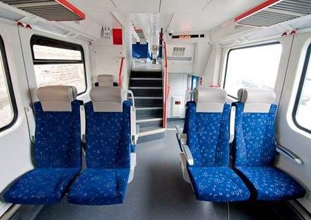 Осенью может выйти на рельсы двухэтажный поезд Skoda