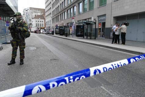 Полиция Брюсселя оцепила целый район, приняв студента-физика за террориста