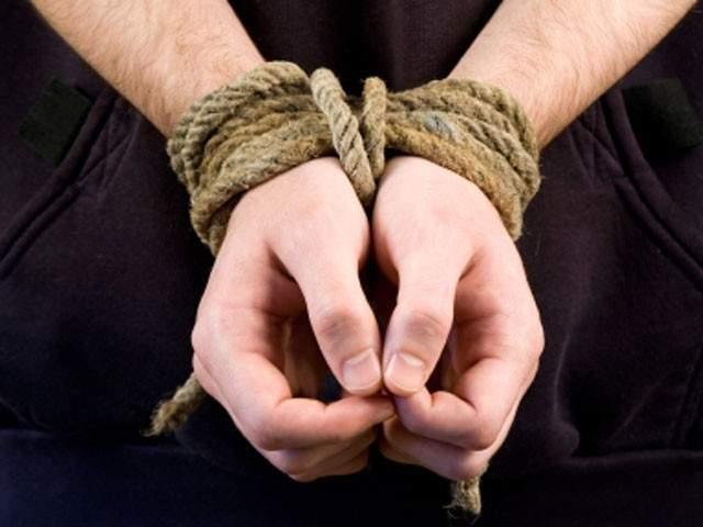 Пытки применяются по обе стороны конфликта на Донбассе