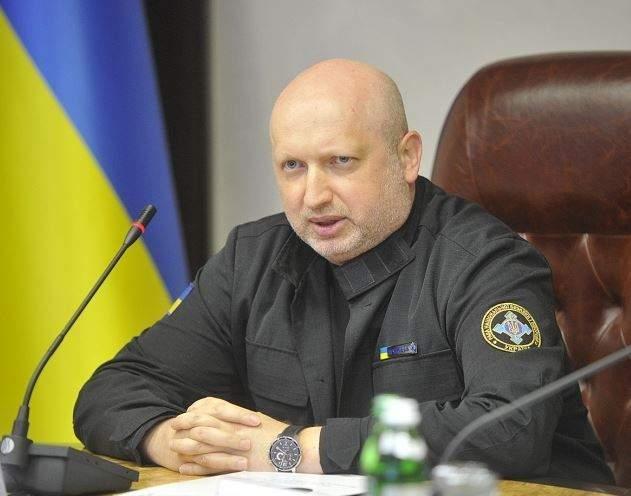 Зарплата Турчинова за июнь составила 34 тыс. гривен