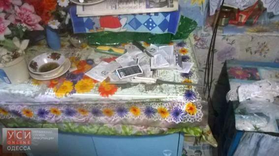 В Одессе преступник ограбил старушку