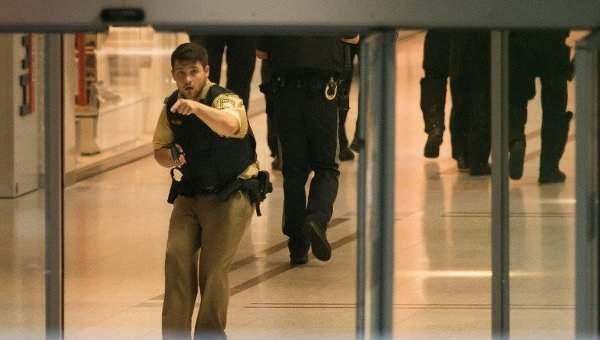 Один из преступников, открывших стрельбу в Мюнхене, покончил с собой - СМИ