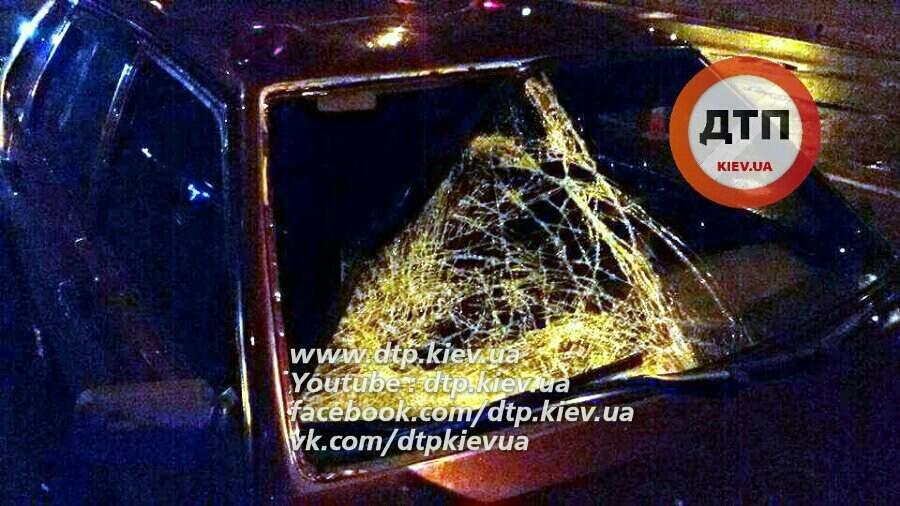ДТП в Киеве. Водитель сбил пешехода-нарушителя