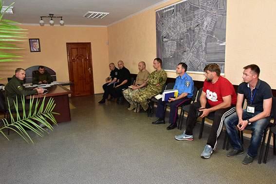 Жители Торецка обвиняют мэра в причастности к оккупации города