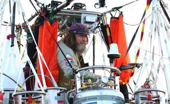 Россиянин совершил рекордный кругосветный перелёт на воздушном шаре