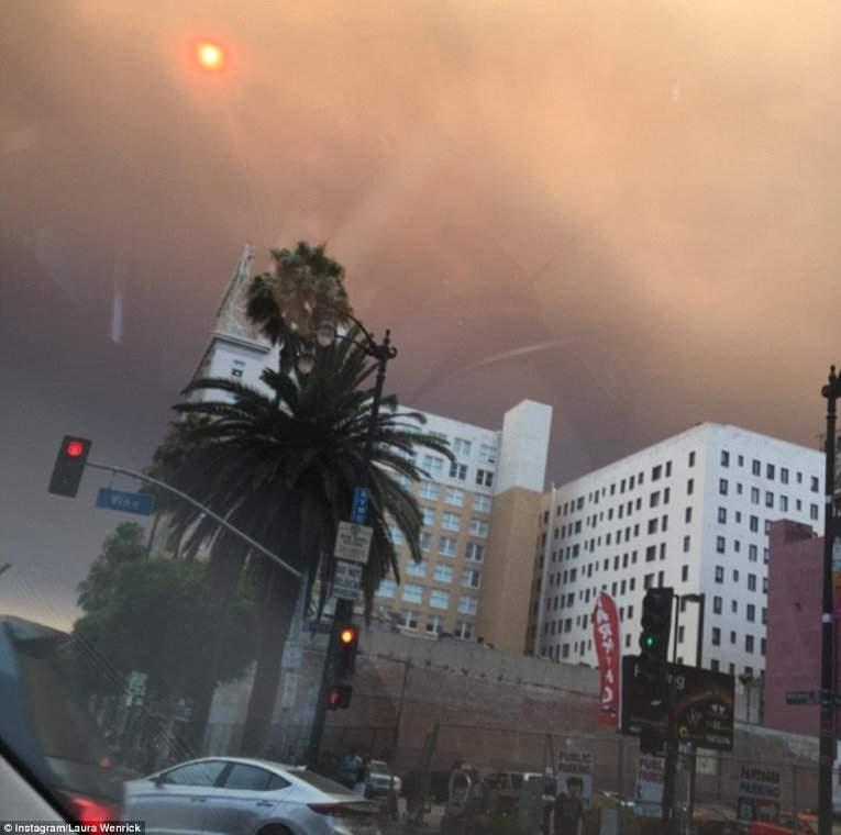 Количество эвакуированных, из-за пожаров в Калифорнии, достигло 1,5 тыс. домов