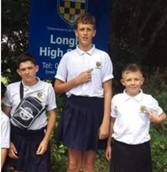 После запрета на шорты, четверо учеников брайтонской школы пришли на занятия в юбках