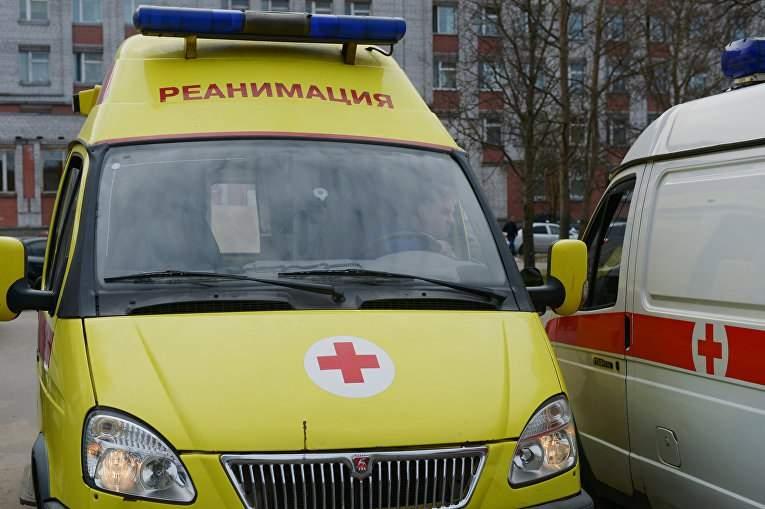 В Ростовской области автобус с туристами из Крыма разбился, водитель погиб