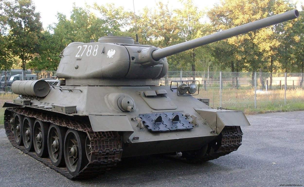 Украинца, который подделал документы для декларирования запчастей к танку Т-32, присудили к штрафу
