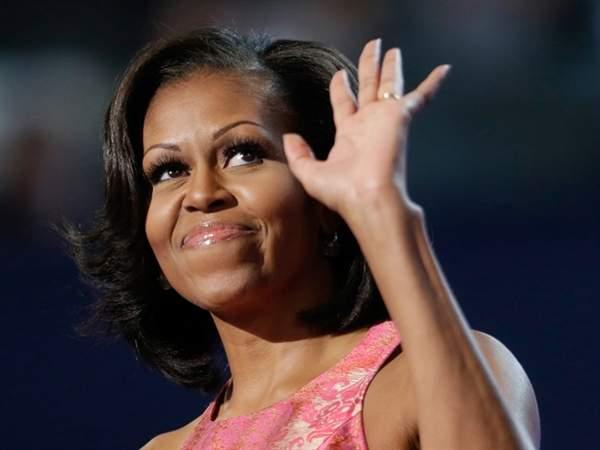 Первая леди США Мишель Обама прокатилась в караоке-такси Джеймса Кордена