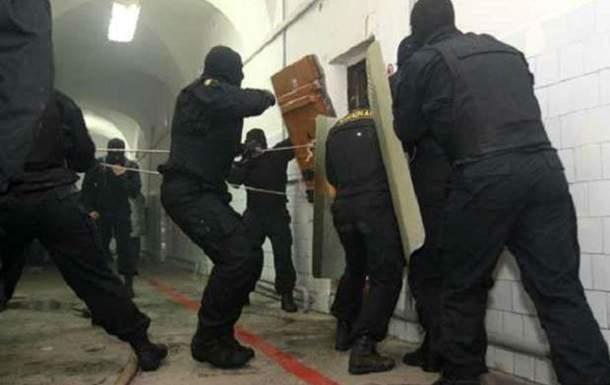 В России в колонии города Абакан произошел бунт заключенных