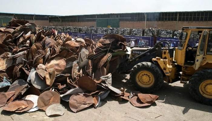 В Иране массово уничтожают спутниковые тарелки