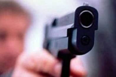На Киевщине мужчина устроил стрельбу в кафе. Есть жертвы