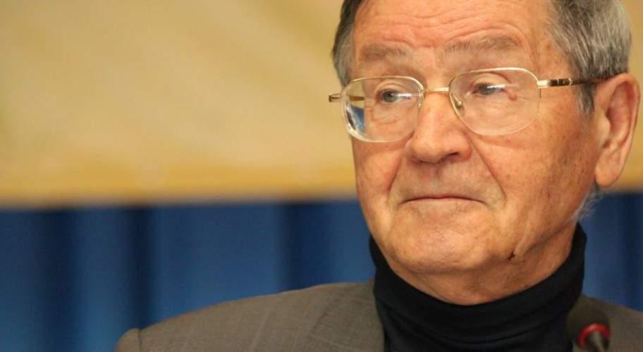 Президент поздравил Ивана Дзюбу с 85-летием