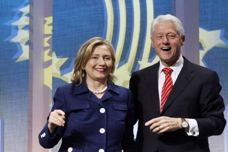 Стало известно, что ждет Билла Клинтона если на выборах победит его жена Хиллари