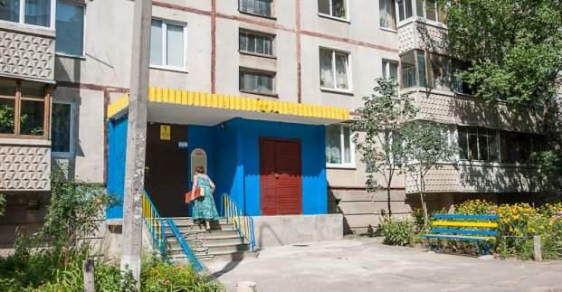 В Харькове отремонтируют 400 подъездов