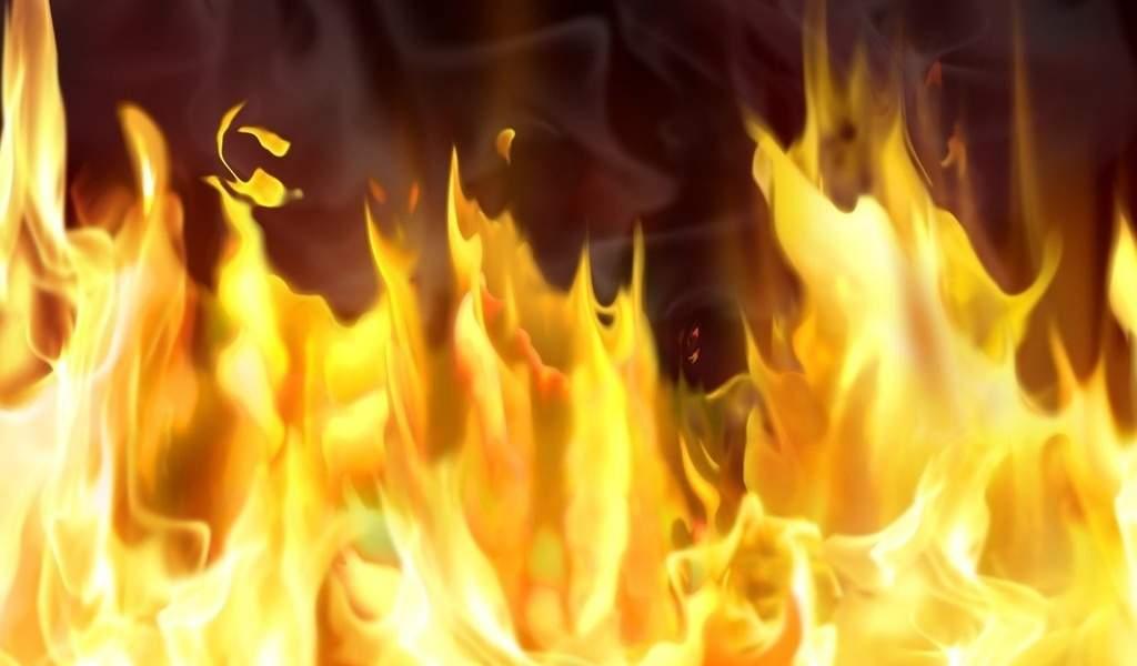 В Запорожье женщина облила себя бензином и подожгла