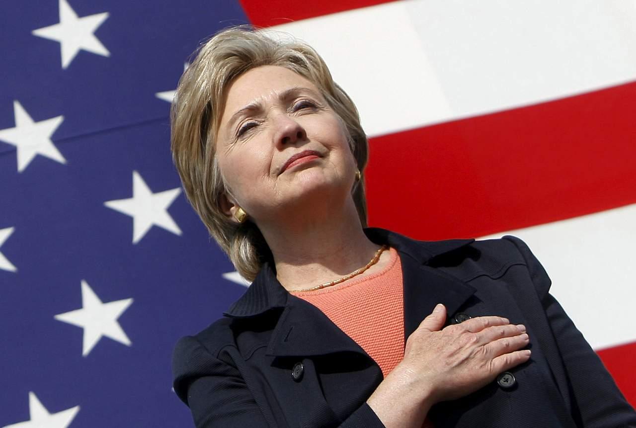 Клинтон официально подтвердила свою кандидатуру в президенты