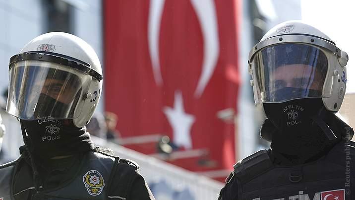 В Турецком университете задержали 150 человек