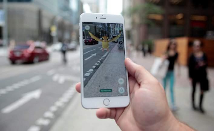 В Нидерландах из-за игры Pokemon Go во время движения уволили водителя