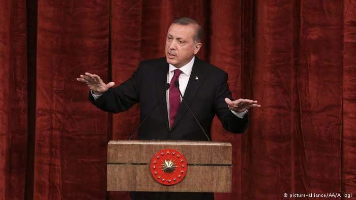 Эрдоган отзовет все иски за оскорбление главы государства