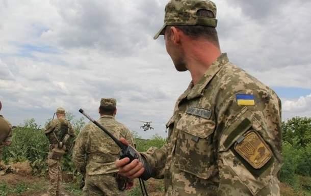 На Донбассе отмечены обстрелы по всем направлениям