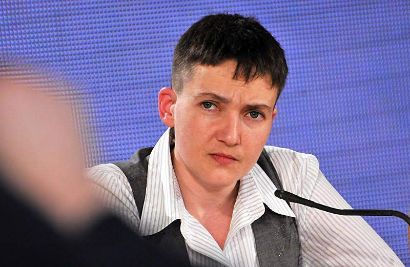 Савченко резко ответила журналистам на вопрос о планах на август