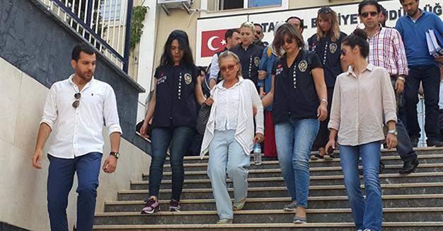В Стамбуле арестовали еще 17 журналистов