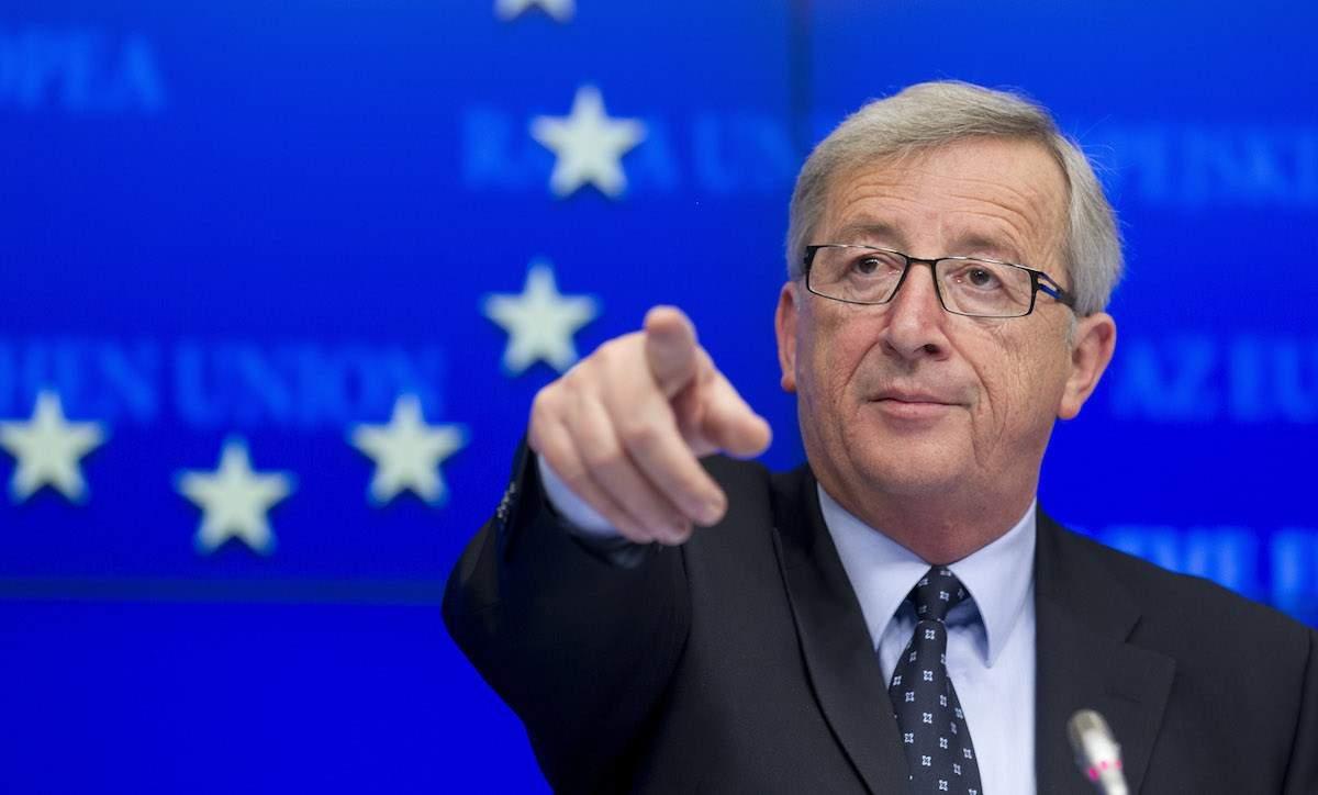 Раскритикованный Юнкер не планирует уходить в отставку
