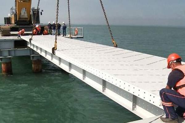 Строители Керченского моста сообщили об обмане работадателей