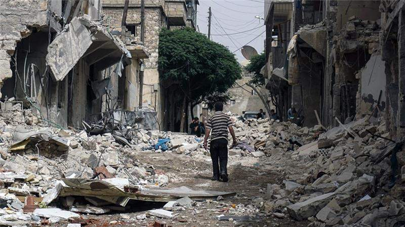 В Алеппо не могут эвакуировать местных жителей