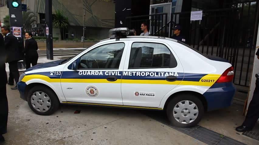 В Сан-Паулу сдался полиции преступник, который взял в плен людей
