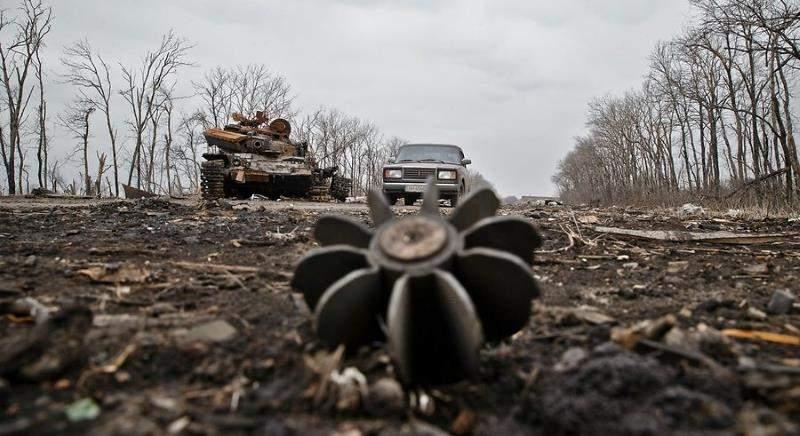 В Донецке в результате обстрела пострадало 10 домов