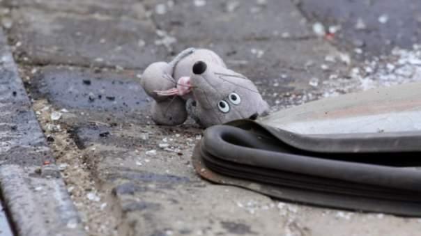 Двухлетний малыш погиб под колёсами автомобиля в собственном дворе