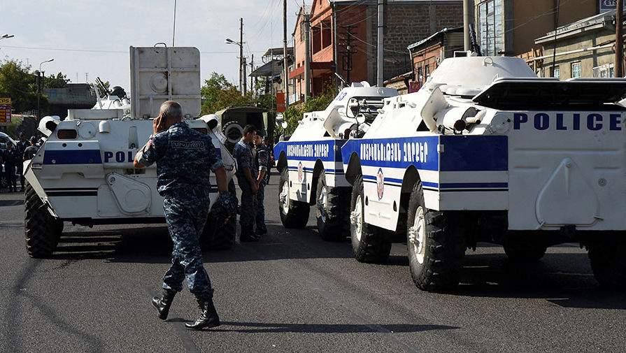 В Ереване застрелен ещё один полицейский