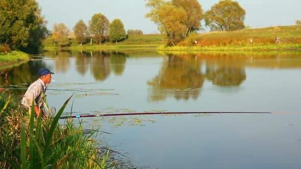 В Киеве утонул пожилой мужчина-рыбак