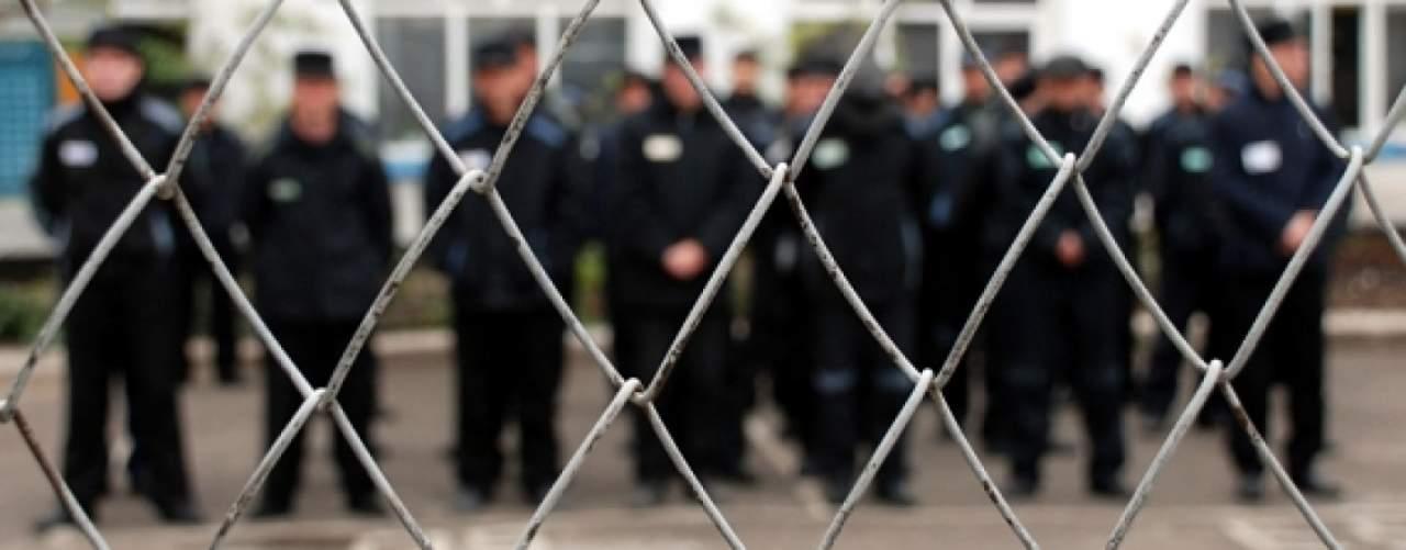 На Полтавщине осужденные из колонии отказываются от еды и работы