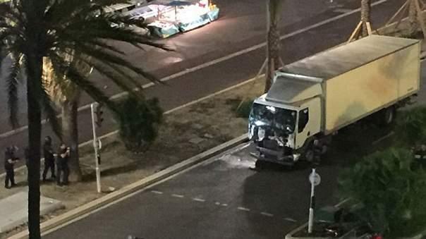 Благодаря селфи задержан подозреваемый в совершении теракта в Ницце