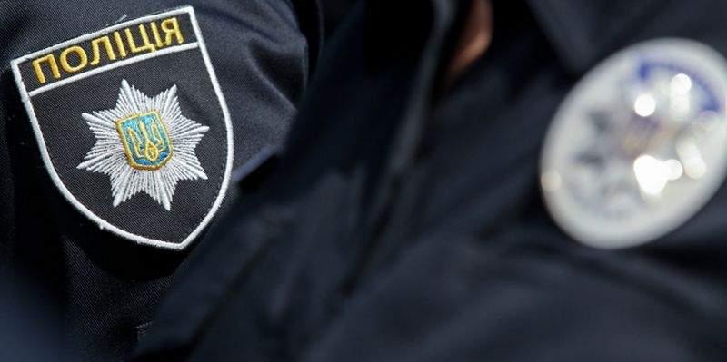 На Закарпатье полицейский получил огнестрельное ранение от коллеги