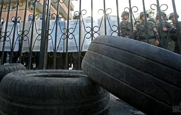 """""""Торнадовцев"""" не смогли доставить в зал суда"""