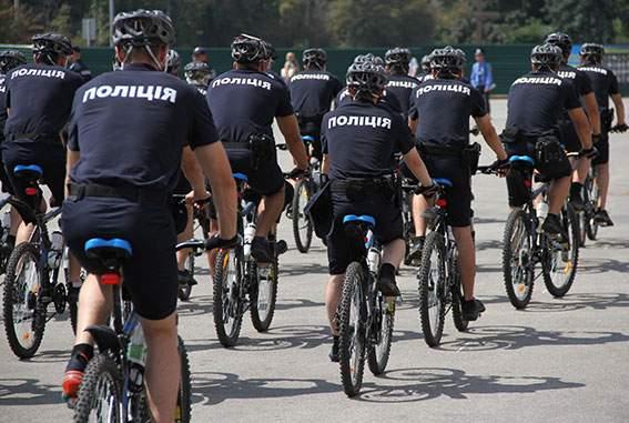 В Харькове начал работу велопатруль