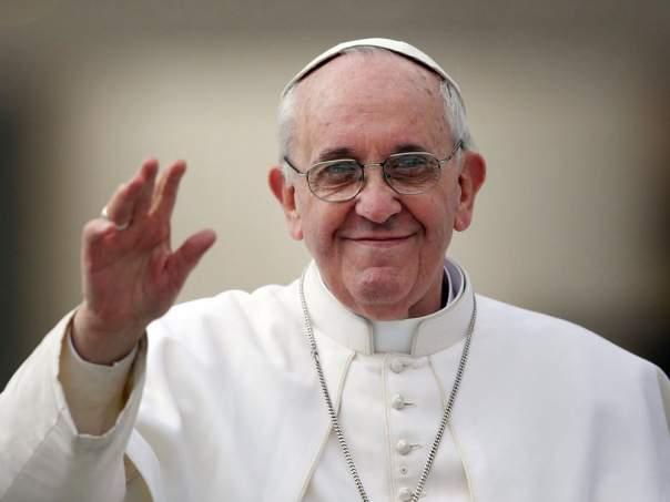 Папа Римский подарил жителям Донбасса крупную сумму