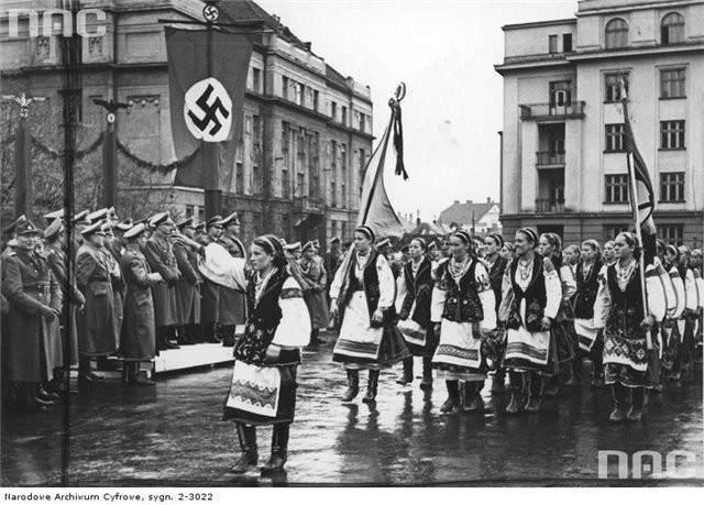 Спикер польского Сената отказался признать геноцид украинцев в Польше