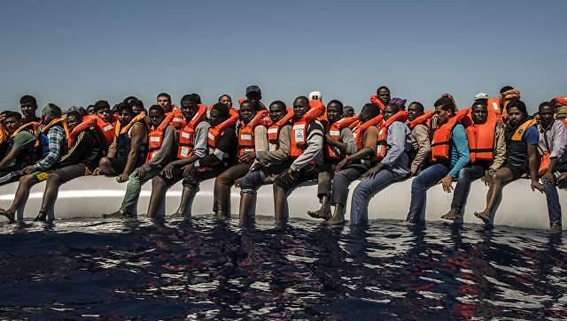 Число беженцев, прибывших в Европу по Средиземному морю, более 260 человек