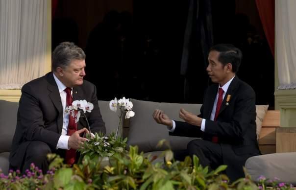 Первые результаты визита Порошенко в Индонезию
