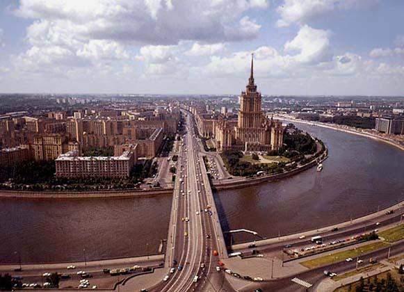 На Кутузовском проспекте стреляли из двух иномарок