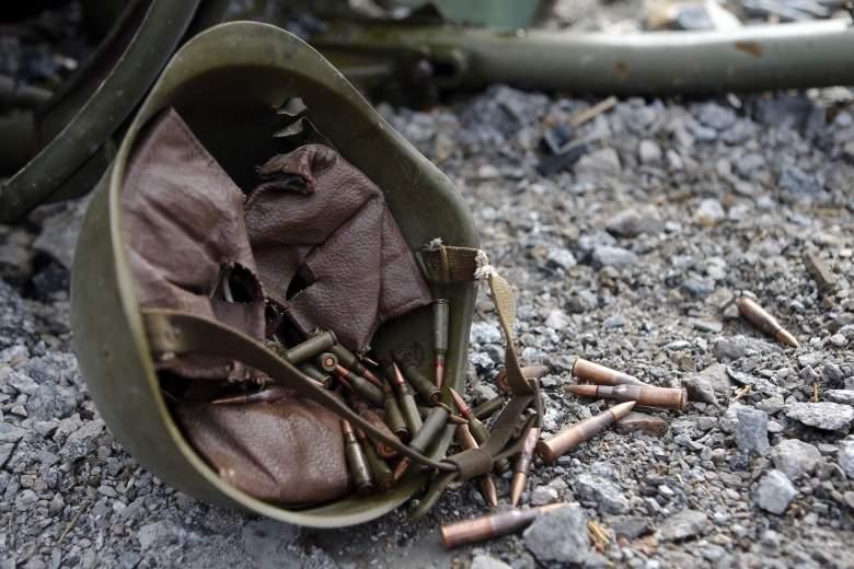 За минувшие сутки в зоне АТО двое военных подорвались на растяжке