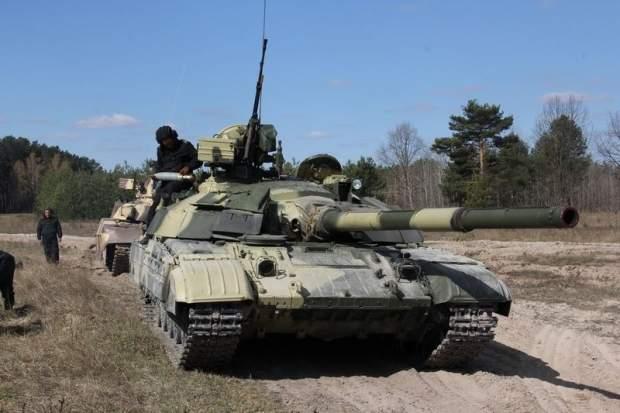 На севере Крыма сосредоточена военная техника РФ